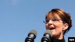کتاب تازه سارا پیلین اين پيش بينی را تقويت می کند که وی در انتخابات سال ۲۰۱۲ خود را نامزد حزب جمهوری خواه خواهد کرد.