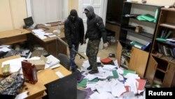 Ուկրաինա - Ցուցարարները Լվովի դատախազության շենքում, 19-ը փետրվարի, 2014թ․