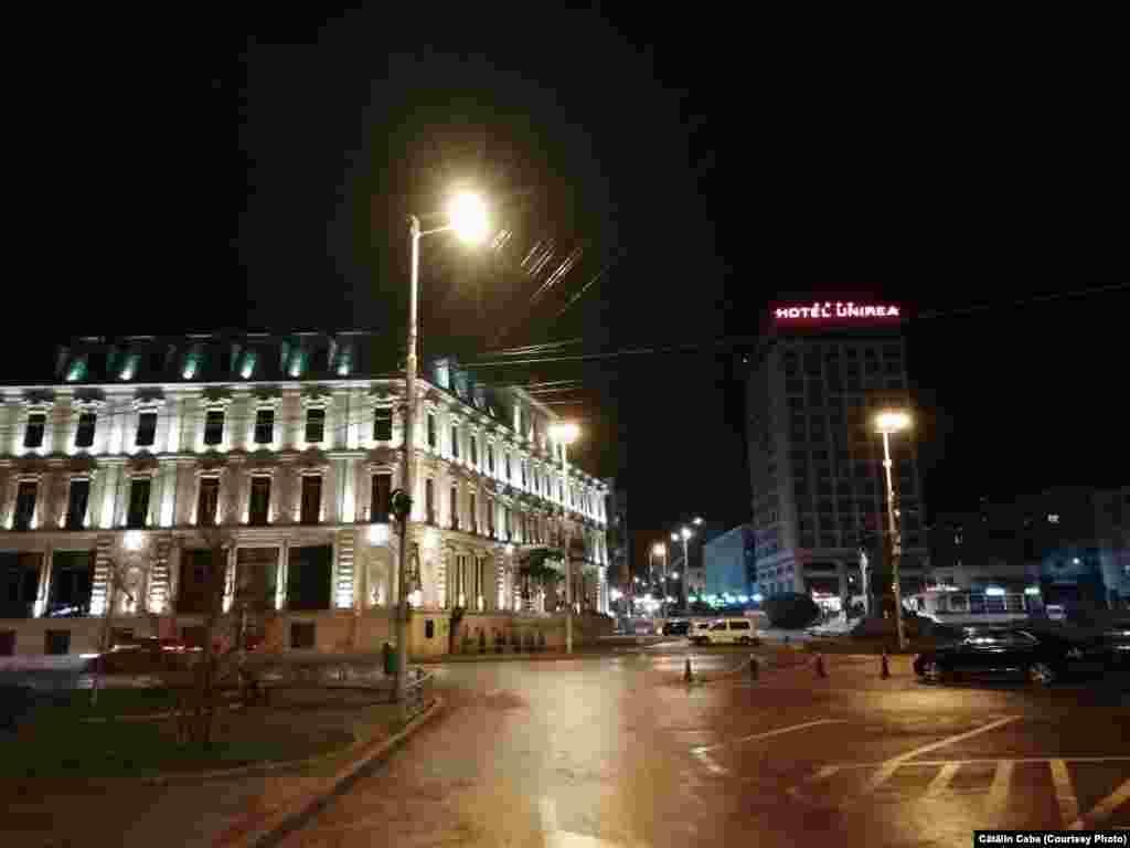 Piața Unirii, hotelurile Traian și Unirea, Iași, 17 martie 2020