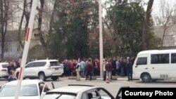 """У здания """"Россотрудничества"""". 18 марта 2018"""