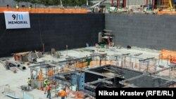 "Фундамент ""Граунд Зеро"" на месте теракта 2001 года. Нью-Йорк"