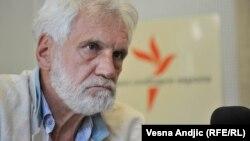 Ova vlast vodi klasičnu neoliberalnu populističku politiku koja povećava društvenu nejednakost: Zoran Stojiljković