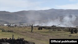 Armenia - Armenian and Russian troops hold joint exercises, 8Oct2016