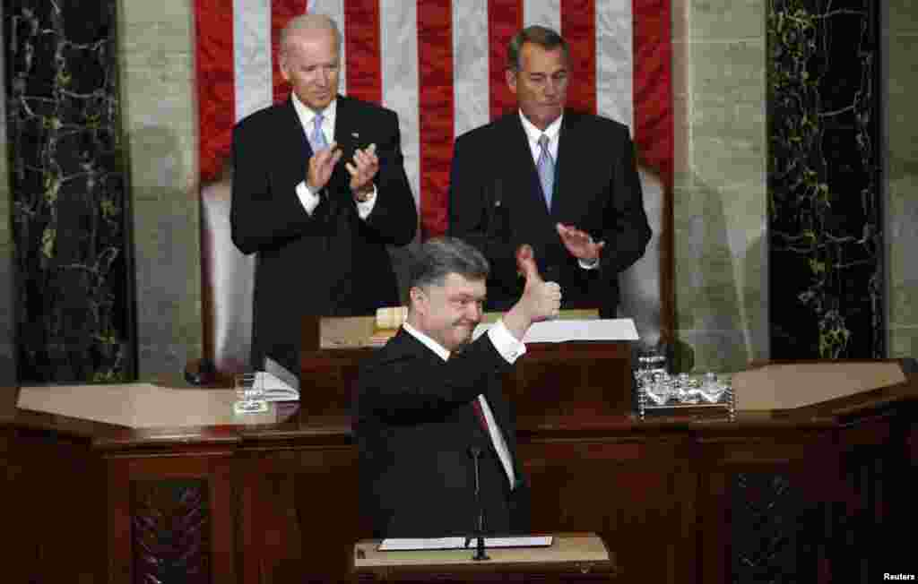 Ukrainian President Petro Poroshenko gestures while addressing a joint session of the U.S. Congress in Washington on September 18. (Reuters/Kevin Lamarque)