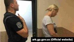 Обвинувачена у справі шахраїв-екстрасенсів