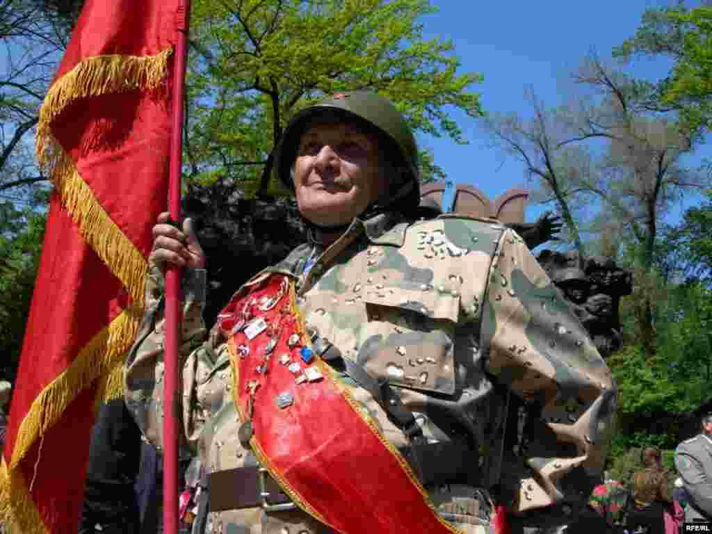 День Победы в Алматы #13