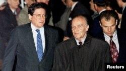 Ričard Holbruk, Alija Izetbegović i Muhamed Šaćirbej uoči početak pregopvora u Dejtonu, 31. 10. 1995.