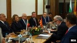 Средба на државната делегација од Бугарија предводена од премиерот Бојко Борисов со претседателот на Собранието на Талат Џафери