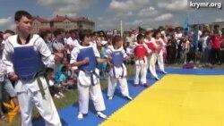 День крымскотатарского флага отметили по-спортивному