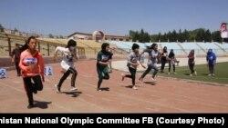 رقابتهای اتلتیک (دوش) بانوان در کابل.
