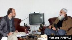 عبدرب الرسول سیاف نامزد ریاست جمهوری در جریان مصاحبه اختصاصی با سید فتح محمد بها خبرنگار رادیو آزادی در کابل