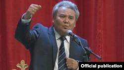 Кыргыз эл акыны Кожогелди Култегин.