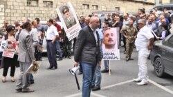 Սամվել Բաբայանի աջակիցները դադարեցնում են բողոքի ցույցերը