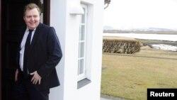 Сигмундур Гуннлаугссон - (экс)-премьер Исландии