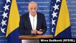 Vjekoslav Bevanda, ministar finansija BiH nakon sjednice Vijeća ministara BiH