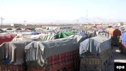 آرشیف، موترهای باربری در نزدیک سرحد چمن