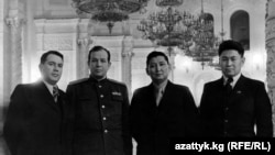 Исхак Раззаков солдон оңго үчүнчү.