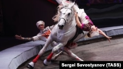 The Moscow State Circus, likes other such troupes, are facing growing competition from other forms of entertainment, including Internet and video games.