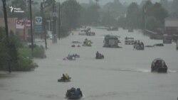 Жителі Х'юстона рятуються з затоплених районів міста (відео)