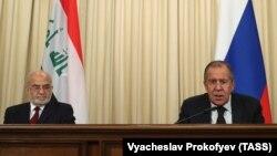 Ирачкиот министер за надворешни работи Ибрахим ал Џафари и рускиот министер за надворешни работи, Сергеј Лавров во Москва