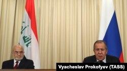 Lavrov (sağda) iraqlı həmkarılyla mətbuat konfransında, 23 oktyabr, 2017-ci il