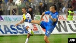 یکی از بهترین بازیکنان بوسنی و ستارگان این تیم، میرعالم پیانیچ است که مدنظر بارسلونا هم بود و فعلاً در آ س رم بازی میکند.