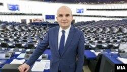 Известувачот за Македонија во Европскиот парламент, европратеникот Илхан Ќучук.