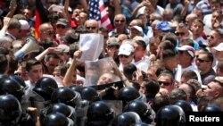 Антивладини протести во Тирана