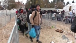 Refugees And Migrants Struggle With Cold Weather In Serbia
