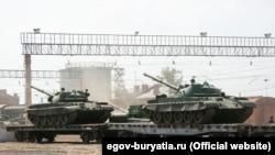 Ваша Свобода   Війна Росії і України. Куди йдуть танки?