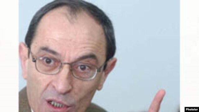 Замглавы МИД Армении Шаварш Кочарян (архив)