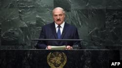 Аляксандар Лукашэнка падчас выступу на пленарным пасяджэньні саміту ААН. Нью-Ёрк, 27 верасьня 2015 году