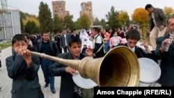 Свадьба в узбекском городе Шахрисабзе.