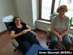 """Očekujem da nam stanove dodele po zakonu"", kaže Radmila Radosavljević (na slici levo)"