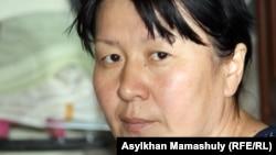 Жанболат Жаманқараевтың анасы Ақерке. Жаңаөзен, 1 мамыр 2012 жыл.