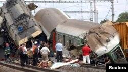 در اثر تصادمدو ریل در نزدیکی مرز جرمنی رانندههای این ریلها و یک مسافر جان باختند.