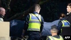 Policia ndihmon në largimin e trupit të rrëmbyesit të vrarë në Melburn