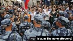 Марш в поддержку Ивана Голунова в Москве, 12 июня