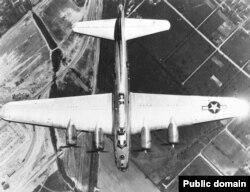 Американские бомбардировщики В-17 участвовали в налетах на Дрезден и Прагу