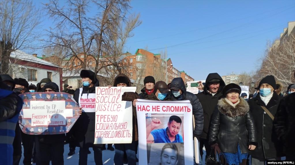 Митинг с требованием освободить политических заключенных. Уральск, 28 февраля 2021 года.