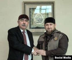 Afghan First Vice President Abdul Rashid Dostum (left) meets with Chechnya's Ramzan Kadyrov in Grozny in October, 2015