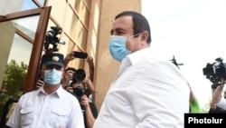 Armenia -- Prosperous Armenia Party leader Gagik Tsarukian enters a court building in Yerevan, June 21, 2020