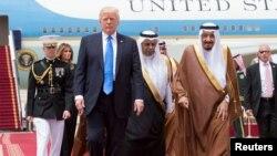 Donald Trump və Salman bin Abdulaziz Al Saud