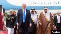 Președintele Donald Trump şi regele Salman bin Abdulaziz Al Saud