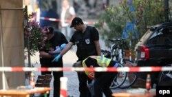Поліція працює на місці вибуху в Ансбаху, 25 липня 2016 року