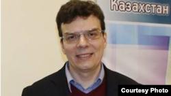 Профессор Казантсев