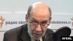 Георгий Сатаров в студии Радио Свобода
