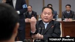 ری سون گوون، وزیر خارجه کره شمالی