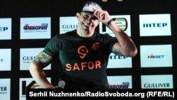 Український боксер майже рік не виходив на ринг, його дебют у суперважкій вазі завершився перемогою