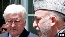 وزیر خارجهء جرمنی در جریان صحبت با حامد کرزی رییس جمهور افغانستان.